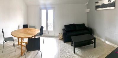 Photo for Newly refurbished apartment 60 m² near Paris