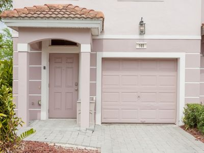 Photo for Enjoy Orlando With Us - Vista Cay Resort - Welcome To Relaxing 3 Beds 3.5 Baths Townhome - 7 Miles To Disney