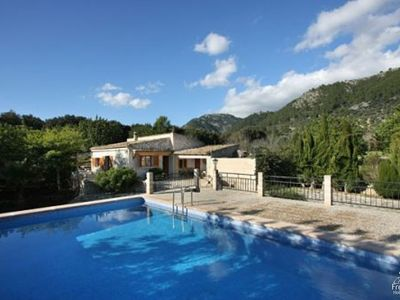 Photo for 4 bedroom Villa, sleeps 6 with Pool and Air Con