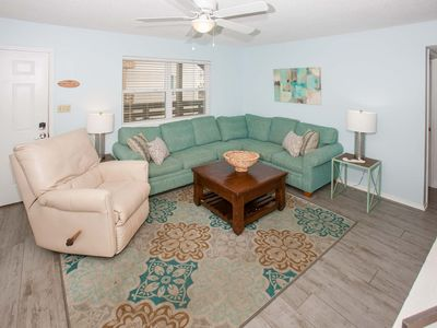 Location, Beach Across The Street, Pet Friendly, And Night Entertainment Near
