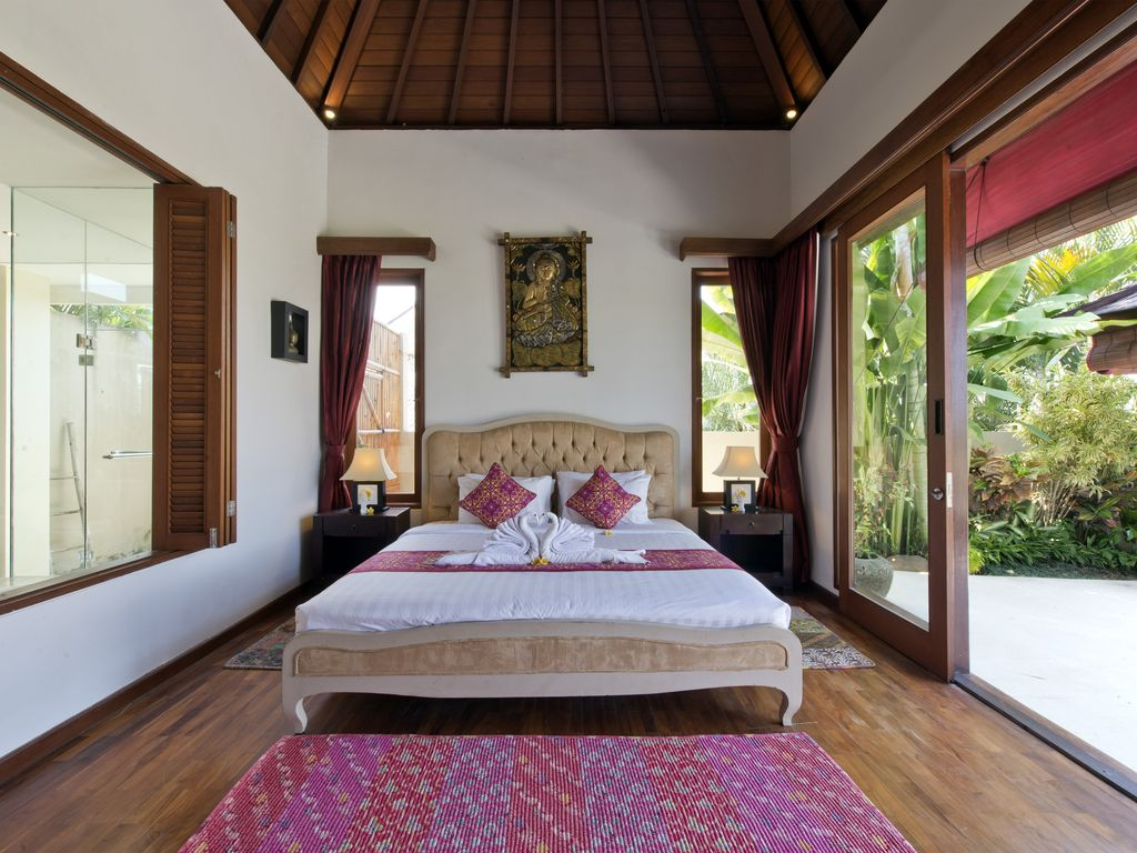Bali ! Luxury 2 Bedroom Villa With Private Infinity Pool and Stunning Views!