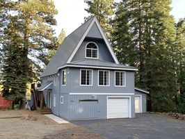 Photo for 4BR Cabin Vacation Rental in Lake Almanor Country Club, California