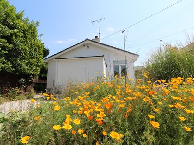 Photo for SANDBROOK, pet friendly, with a garden in St Agnes, Ref 984574
