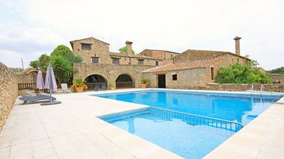 Photo for Cottage between Sea and Mountain- Alt Emporda
