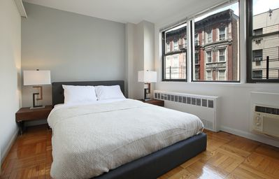 Photo for Step Union Square- Lux (5191)