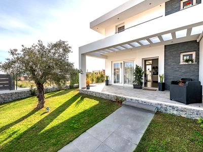 Photo for Unforgettable sunrise and sunset in a PANORAMIC villa with garden