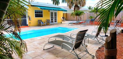 Photo for Elegant Jupiter 3/2 PRIVATE POOL HOME. Minutes to STADIUM, BEACHES, PGA Sleeps10