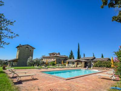 Photo for Big estate with private pool, large garden 20km from Todi & 34 from Spoleto.