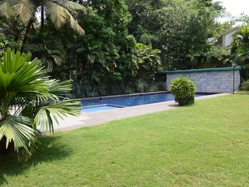 Search 230 holiday rentals