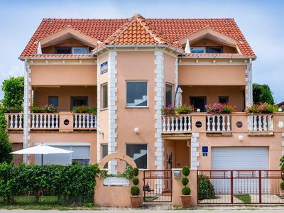 Photo for Air-conditioned apartment for 4-5 persons, fully equipped 100m from sandy beach