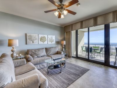 Photo for Penthouse level, waterfront condo w/ shared pool, hot tub, gym