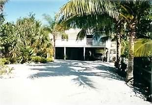 Photo for Fabulous Fort Myers Beach House with Heated Pool & Spa