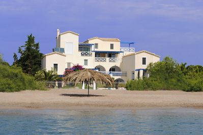 Anastazia Studios an ideal place by the sea on the sandy beach of Petrothalassa.
