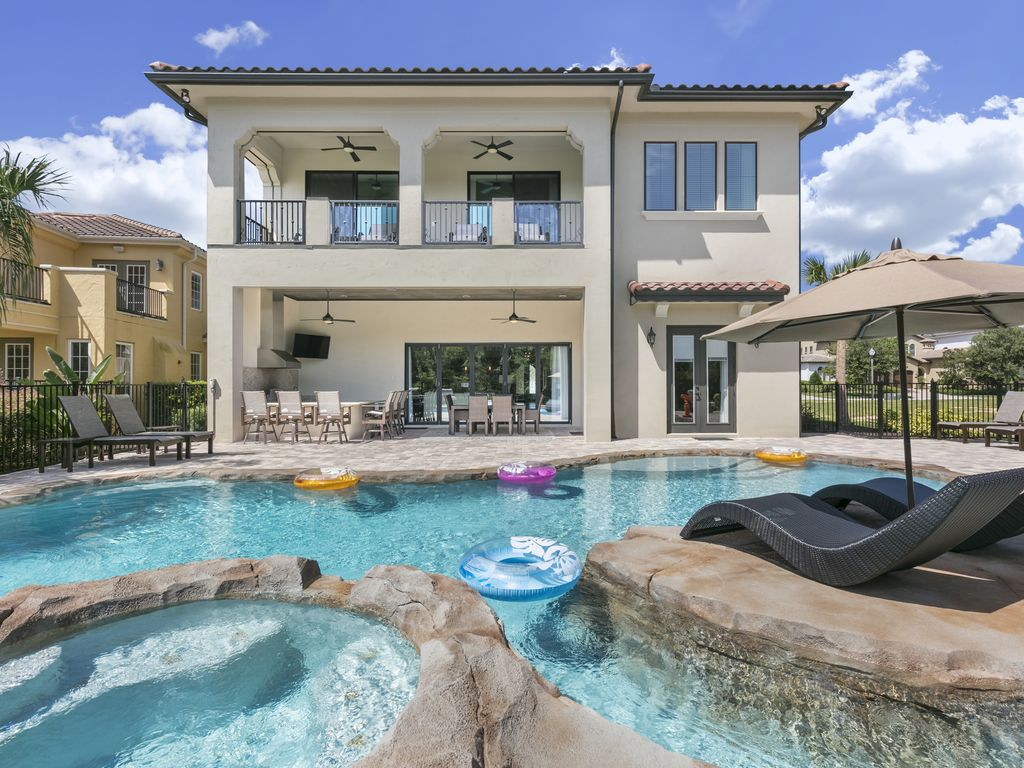 9 Bed 9 Bath Pool Amp Spa Amp Lazy River 2 Games Room And