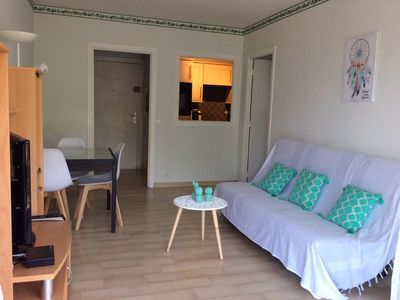 Photo for 2-room vacation rental by the week Golfe Juan