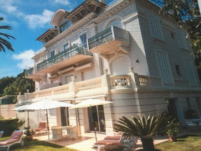Photo for Stunning with  full view of the sea. A hidden treasure. Une belle maison.