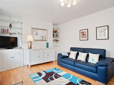 Photo for Spacious 3 Bed flat w/Communal Garden in Euston