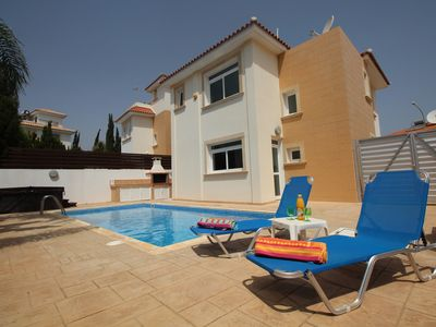 Photo for Luxury Holiday Villa with Pool, Hot Tub and Wi-Fi in Protaras near Fig Tree Bay