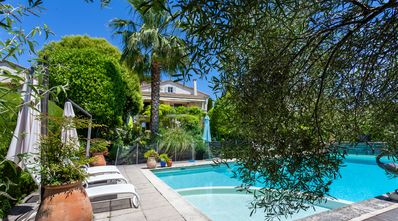 Photo for Villa (12pers.) with large heated pool.Panoramic view. Near centre of Vence.