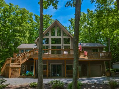 Photo for Lake access home with great outdoor living space & tasteful decor!