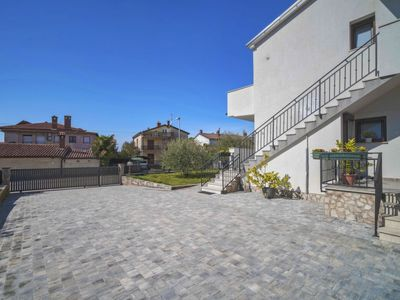 Photo for Apartment Olivo in Novigrad (Istra) - 5 persons, 2 bedrooms