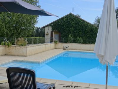 Photo for maisonette in the heart of the peaceful countryside and the vineyard of Pécharmant.