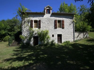 Photo for Gite Lascabanes, 4 bedrooms, 8 persons