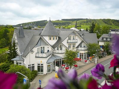 Photo for In the middle of Willingen and yet very quiet with a 4 * hotel connection