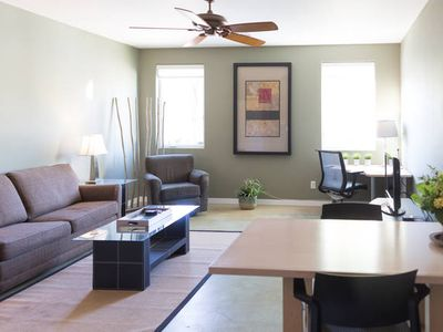 Lovely, Spacious, Clean, 2 Bdrm above Lake Mead/Hoover Dam in Boulder City