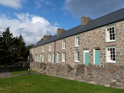 Photo for Nant - Caerffili - One Bedroom House, Sleeps 2
