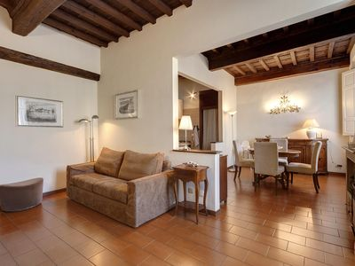 Photo for Old town of Florence - Welcoming 2 room apt at walking distance from the Duomo