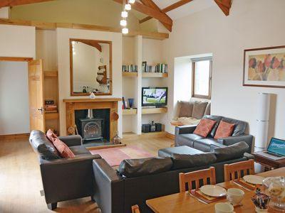 Photo for From £9 pppn. A spacious barn conversion with charming features near Looe. Pet-friendly.