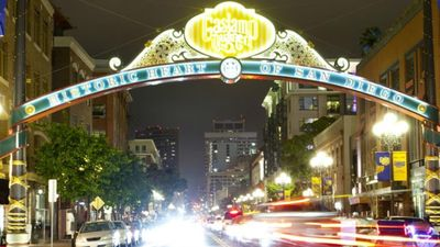 Photo for Enjoy vibrant San Diego with Harbour Lights Resort