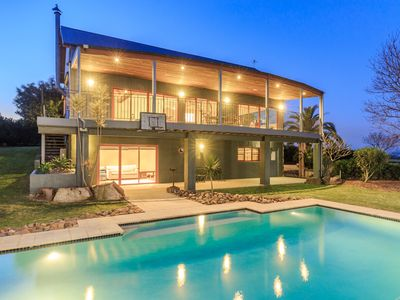 Photo for Lovedale House - Secluded Luxury