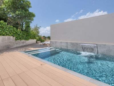 Photo for 4 bedroom Villa, sleeps 8 in Esclanyà with Pool, Air Con and WiFi