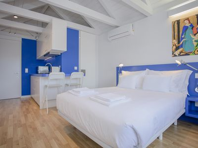 Photo for Liiiving in Porto | Downtown Cosy Suite 3B