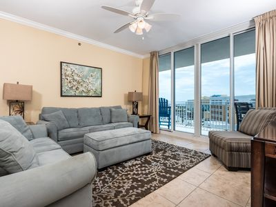 Photo for Warm, welcoming condo on Okaloosa Island! Washer/dryer in-unit! Steps to beach! Lazy river on-site!