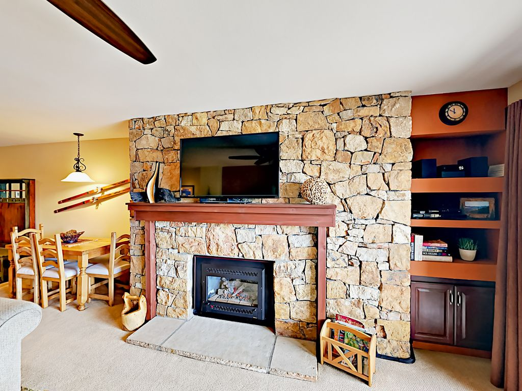 1br condo steps from the gondola and all vrbo