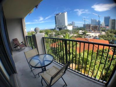 Photo for Spacious 3 Bedroom APT,Downtown View,Best location