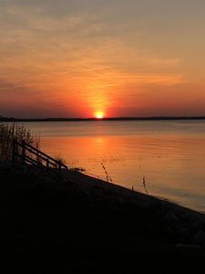 Photo for Stay On The Bay,  15 Min. From Lambeau Field, 40 Miles From Door County