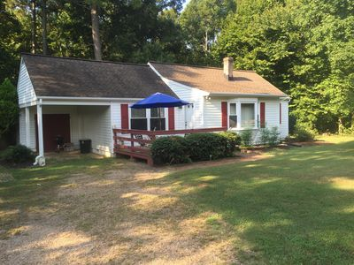 Photo for Cottage On Farm Retreat Minutes From All Williamsburg Attractions.