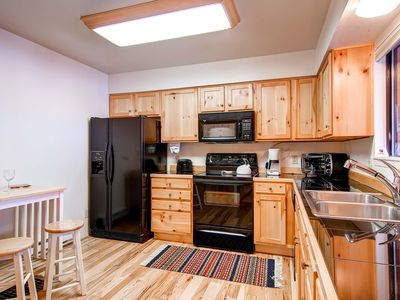 Photo for 7th Night Free! Quality Townhome Near Lift & Main Street, Indoor Hot Tub, Wi-Fi