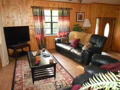 3 Br/2 Ba Waterfront Surrounded By Nature Close To Plantation Inn/ Kings Bay