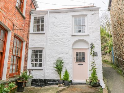 Photo for THE OPE, pet friendly, with open fire in St Agnes, Ref 933186