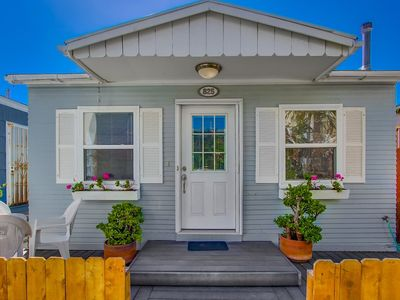 Photo for ☀️ Single Family Beach Cottage 🏖  Centrally Located | Walk to ALL- Beach, Bay, Better Buzz Coffee!