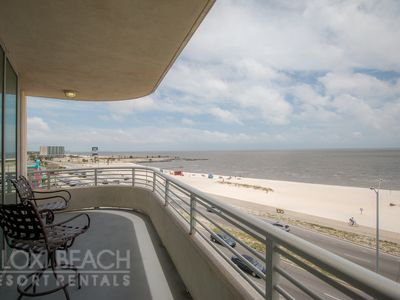 Photo for Amazing Condo w/ Wrap-Around Balcony, WiFi, Resort Pool & Gym Access