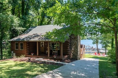 Cosy Log Cabin On Lake Norman Dock And