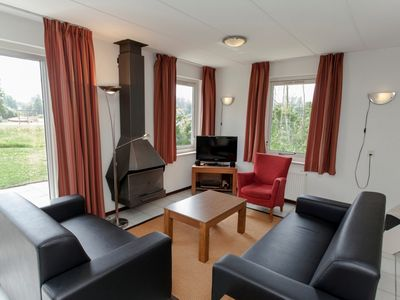 Photo for Bungalow in the holiday park Landal Natuurdorp Suyderoogh - Indoor swimming pool