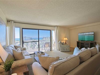 Photo for Silver Dunes 40 - Gulf Front, Community Pool, Exercise Room, Game Room!