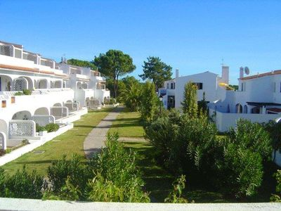 Photo for Two bedroom apartment close to Vale do Lobo's Tennis Academy SD68